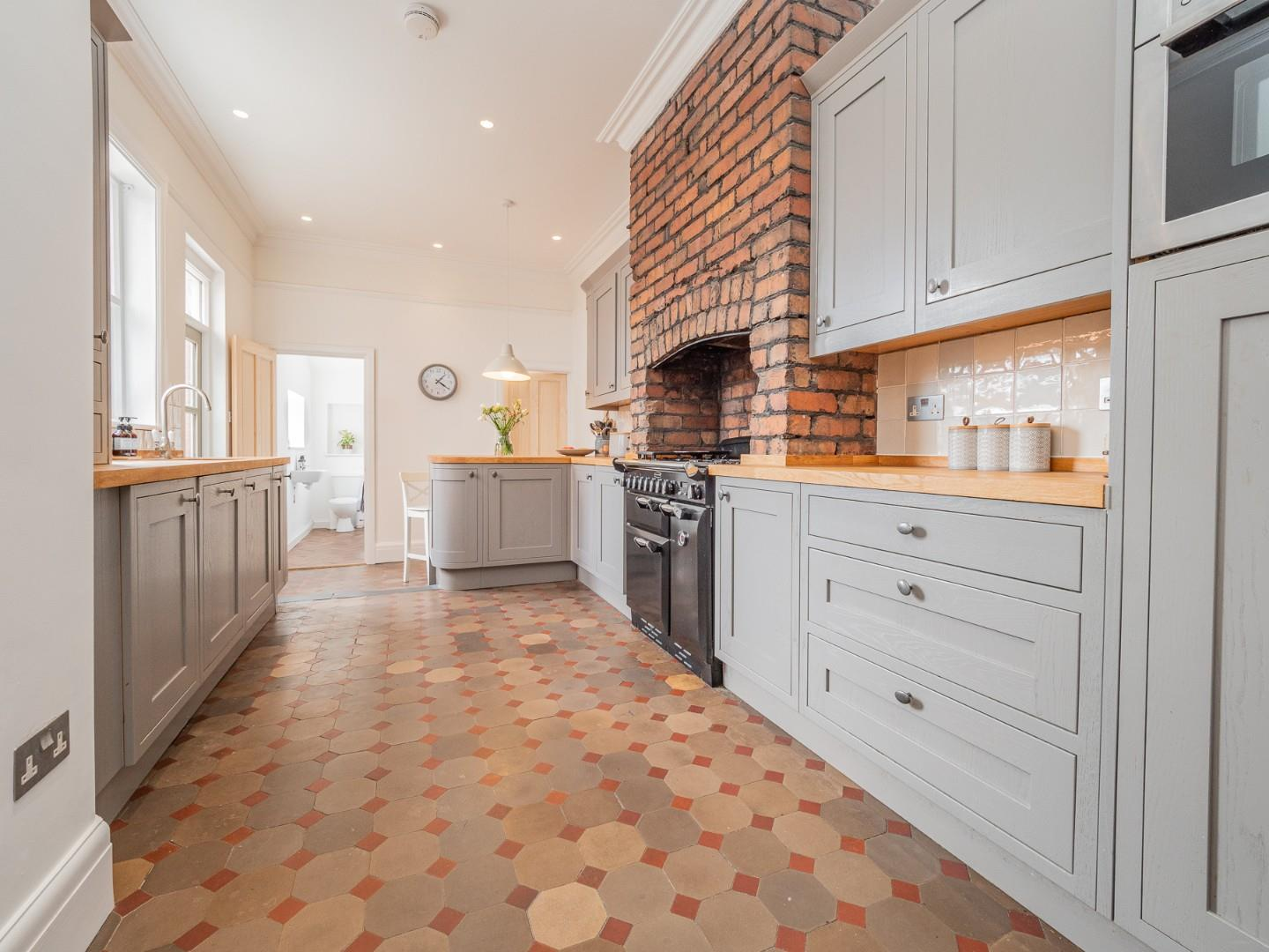 4 bed terraced house for sale in Southminster Road, Cardiff 2