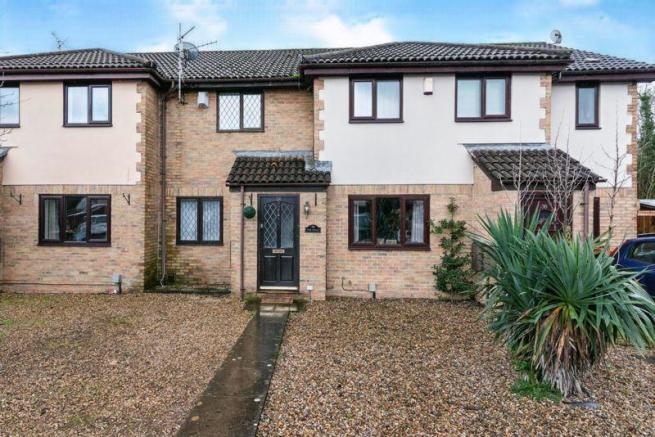 2 bed terraced house to rent in Myrtle Drive, Newport, NP10