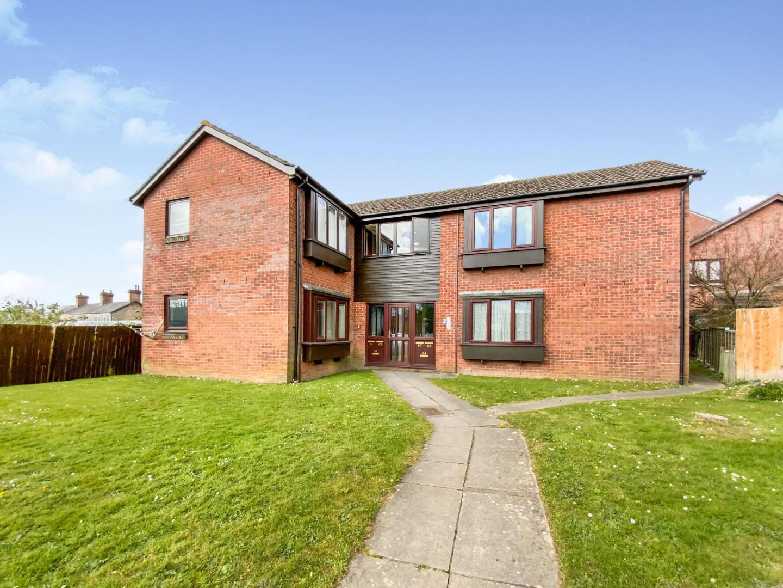 Studio flat for sale in Limeslade Close, Cardiff, CF5