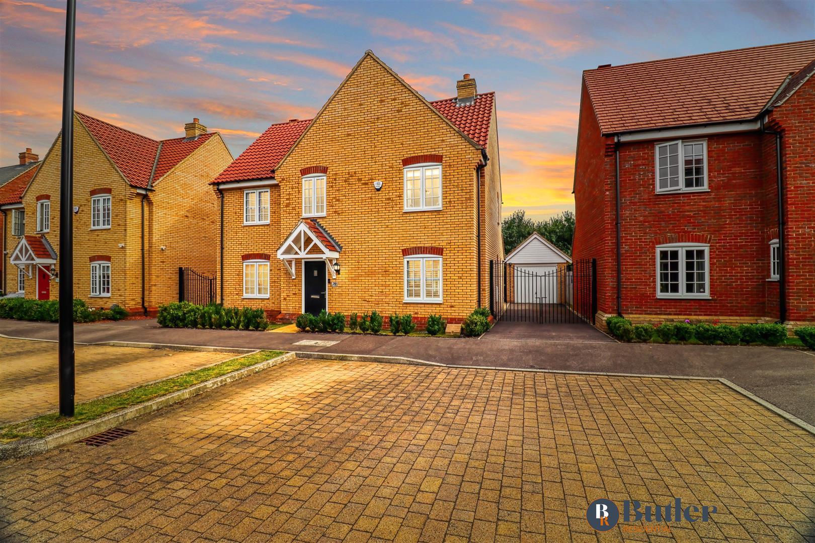 4 bed detached house for sale in Wren Terrace, Bedford, MK42
