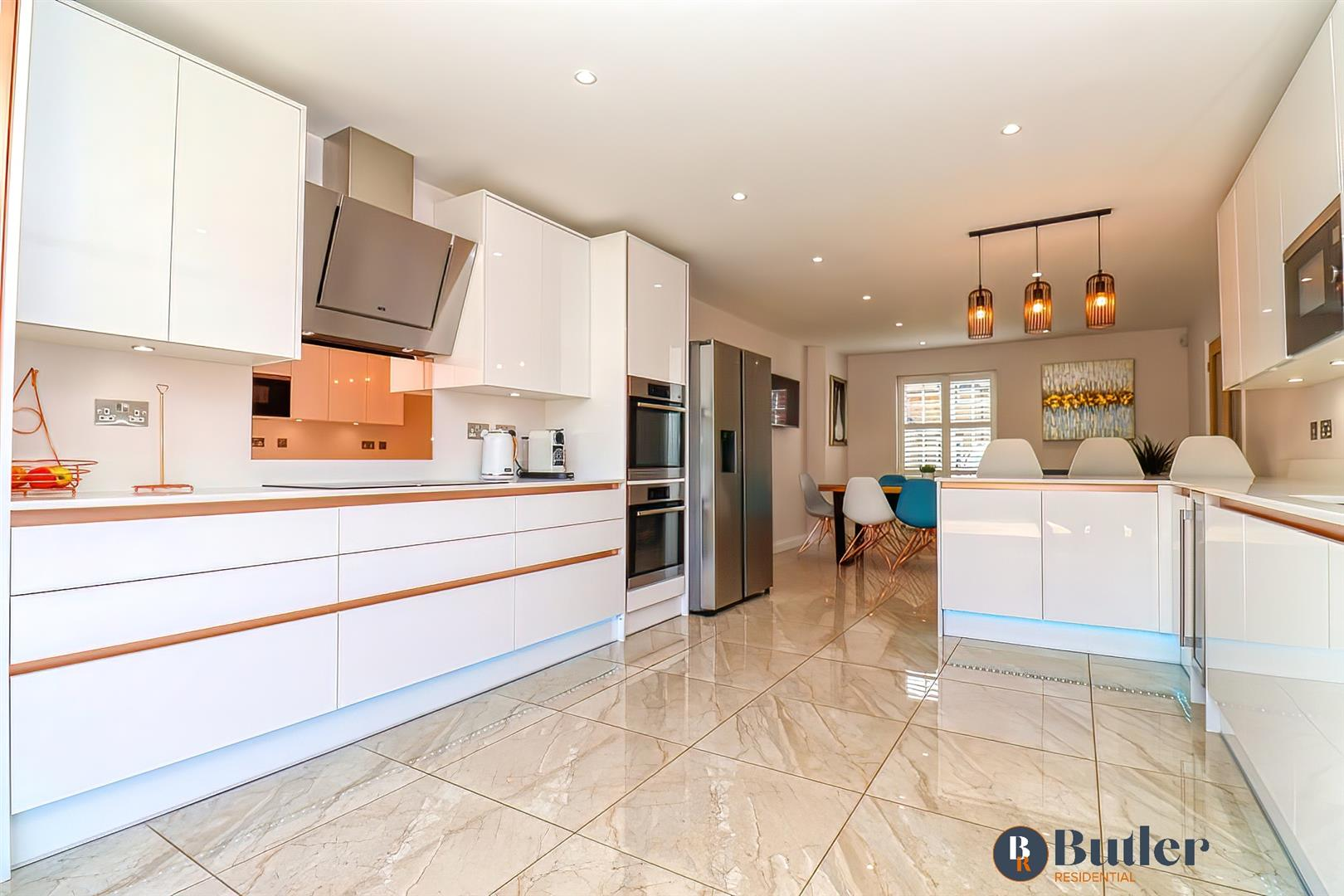 4 bed detached house for sale in Wren Terrace, Bedford - Property Image 1