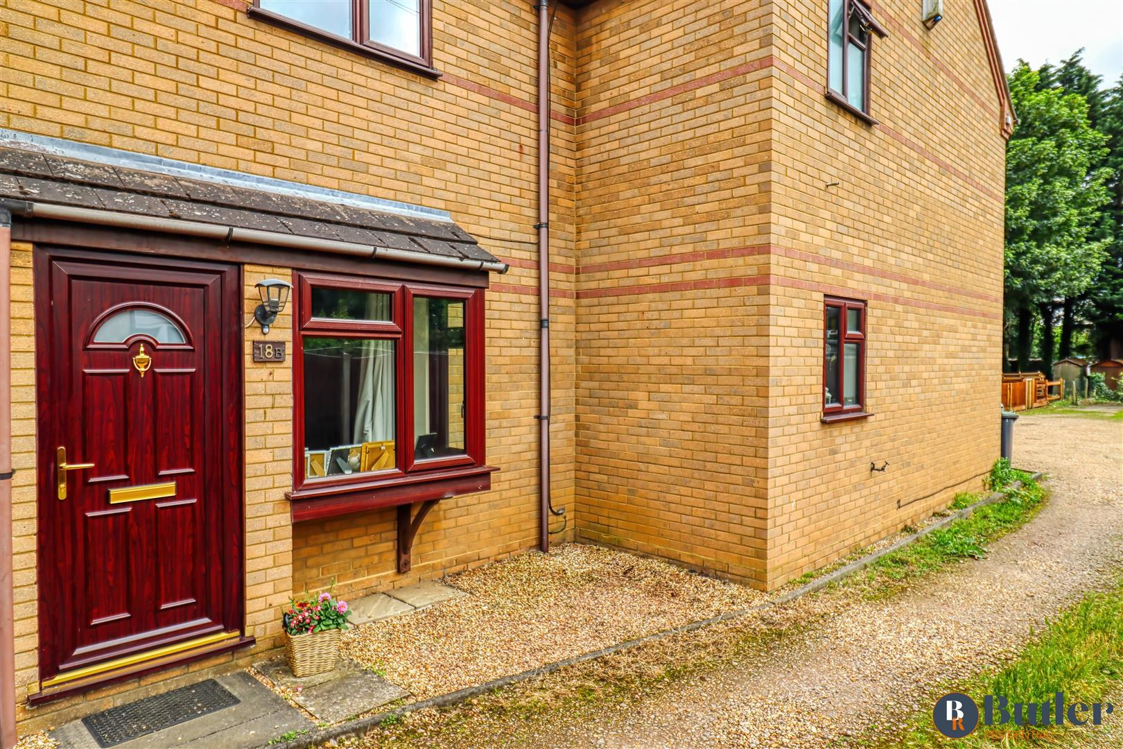 1 bed house for sale in Fakeswell Lane, Henlow, SG16
