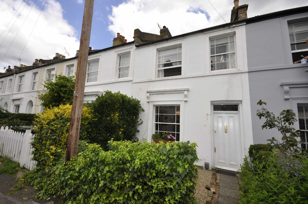 2 bed house to rent in Church Grove, Ladywell 0