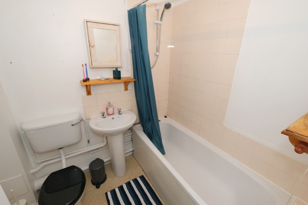 1 bed flat to rent in Armoury Road, Deptford 4