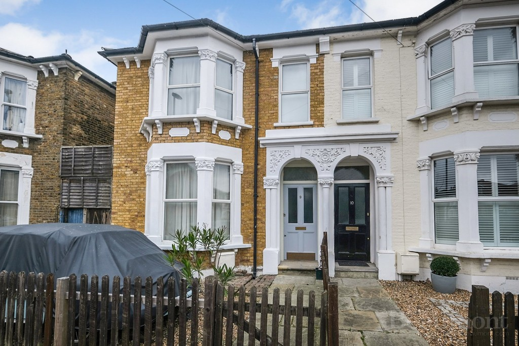 4 bed house for sale in St. Swithuns Road, Hither Green   - Property Image 1