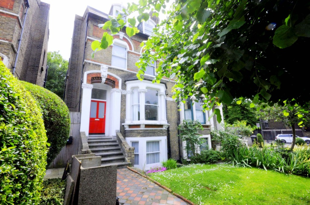 2 bed flat to rent in New Cross Road, New Cross 5