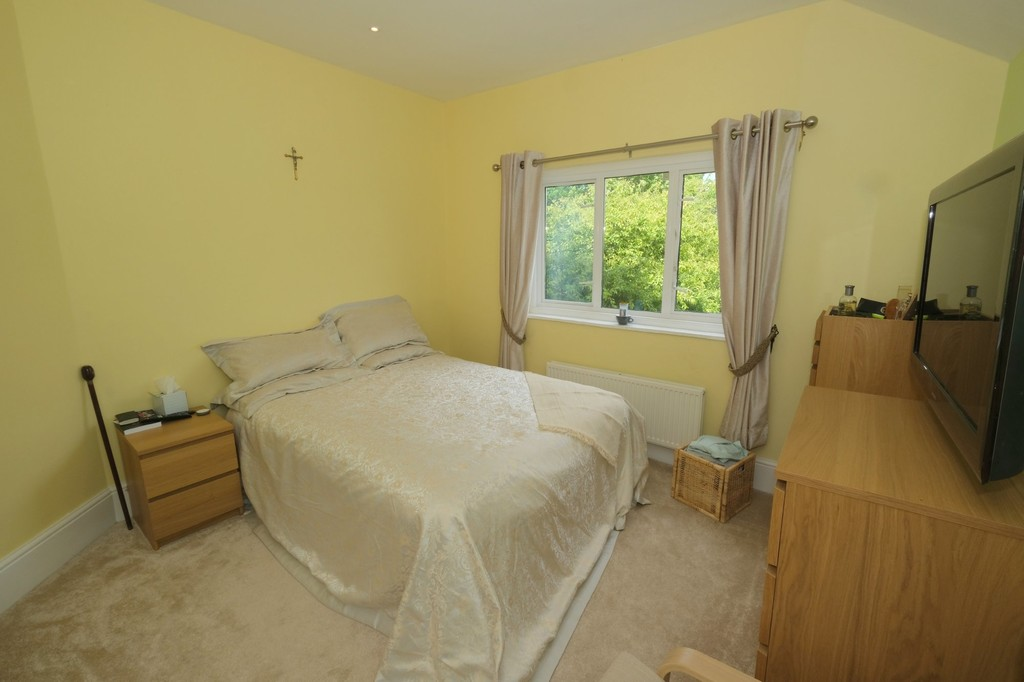3 bed house for sale, Lee 8