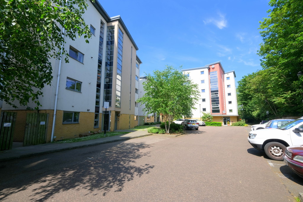 2 bed flat for sale in Curness Street, Lewisham - Property Image 1