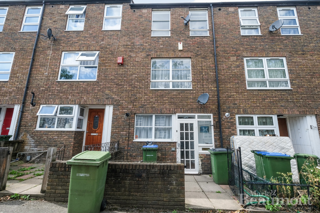 3 bed house for sale in Jessup Close, London - Property Image 1