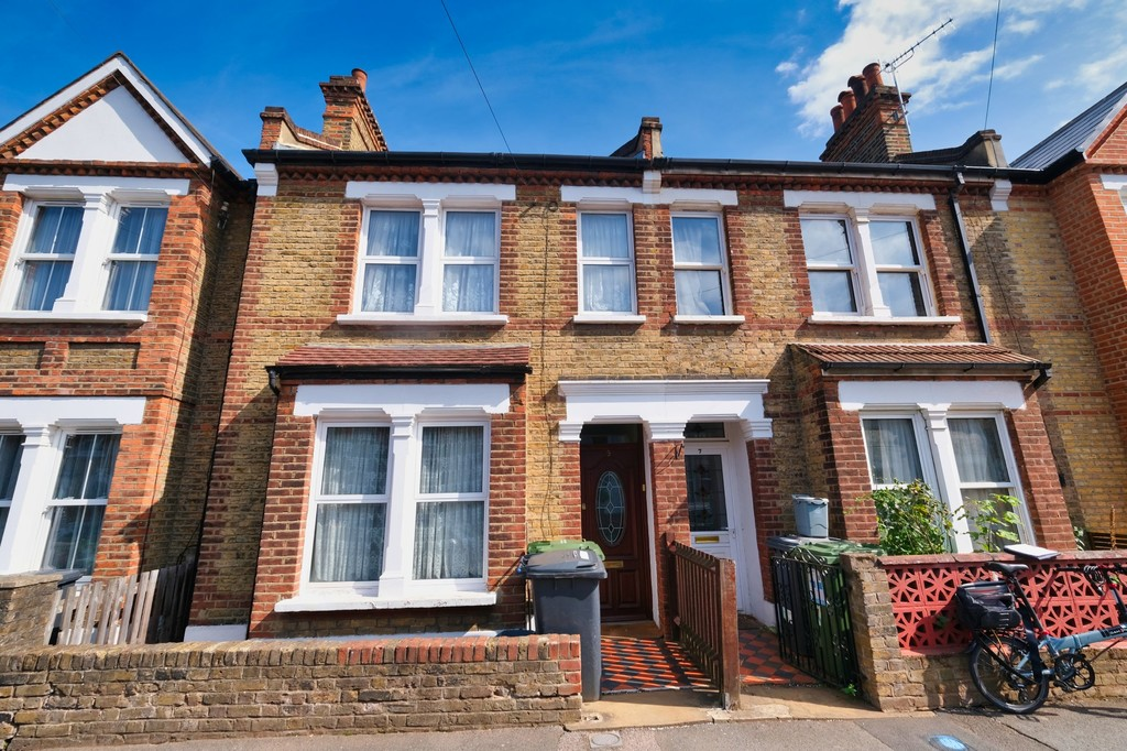 3 bed terraced house for sale in Wearside Road, London - Property Image 1