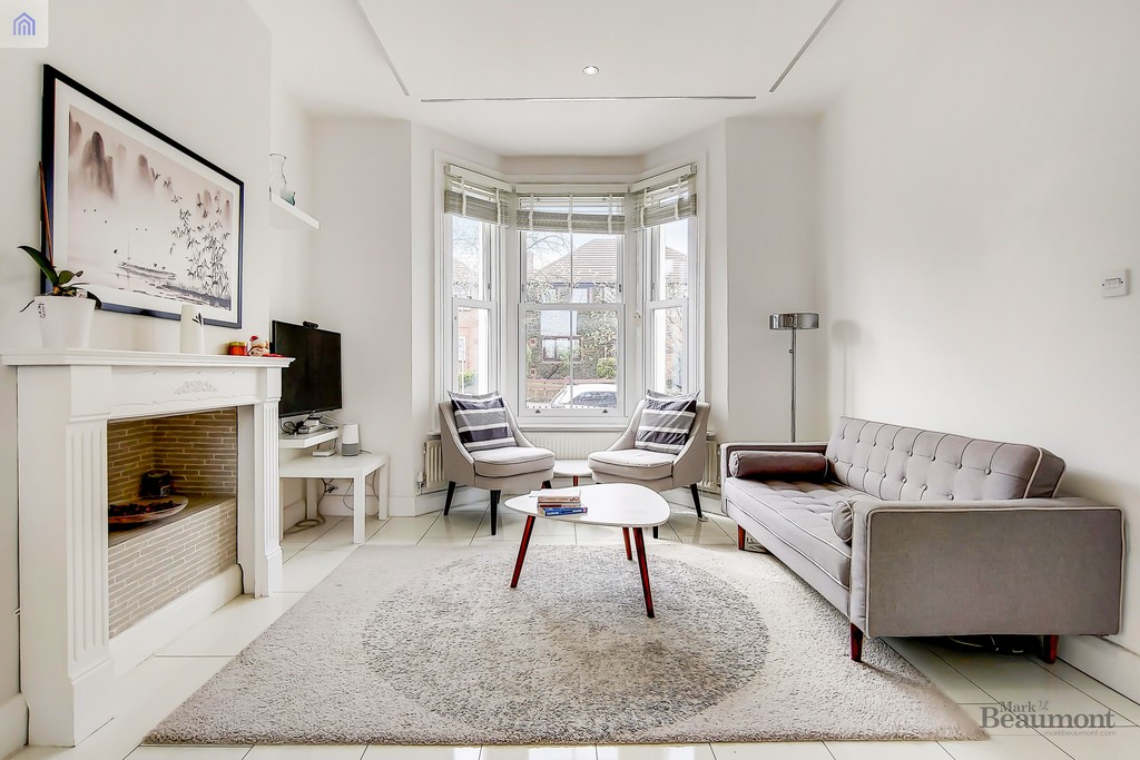 4 bed terraced house for sale in Wisteria Road, London  - Property Image 2