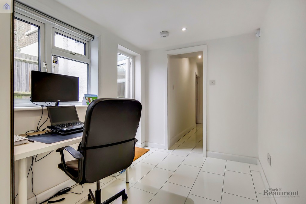 4 bed terraced house for sale in Wisteria Road, London 7