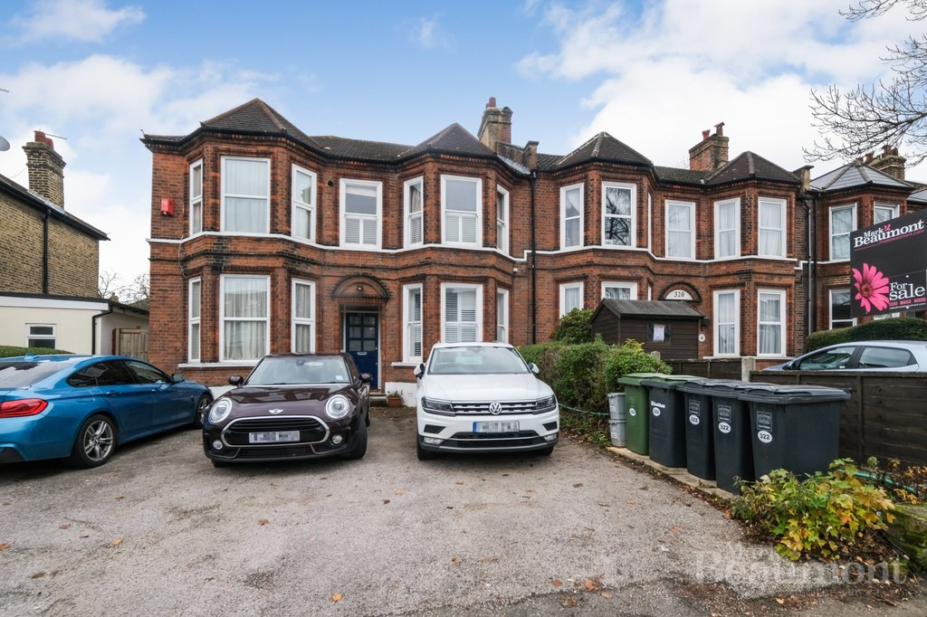 AVAILABLE NOW.  VACANT POSESSION. Garden flat. Share of Freehold. Off Street Parking. Two Bedrooms. Beautiful Building. No chain. Available now. Buy in time to beat the stamp duty deadline - just. We hold keys to 'socially distance' show you around.