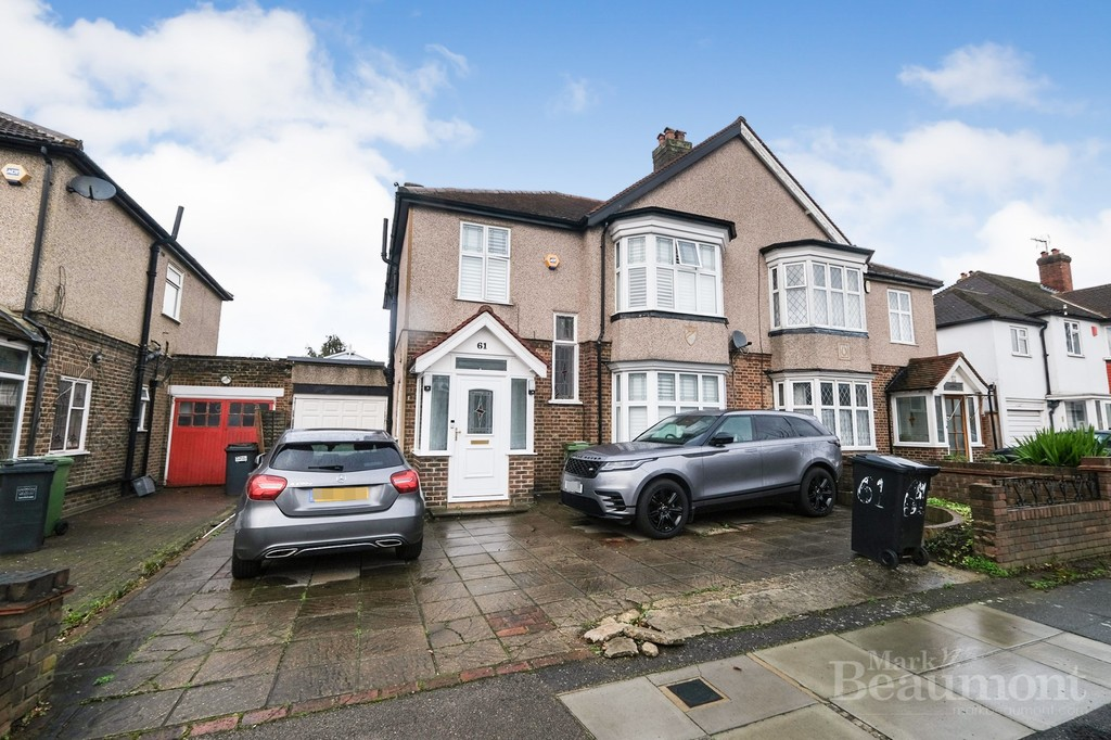 4 bed house for sale in Callander Road, London - Property Image 1
