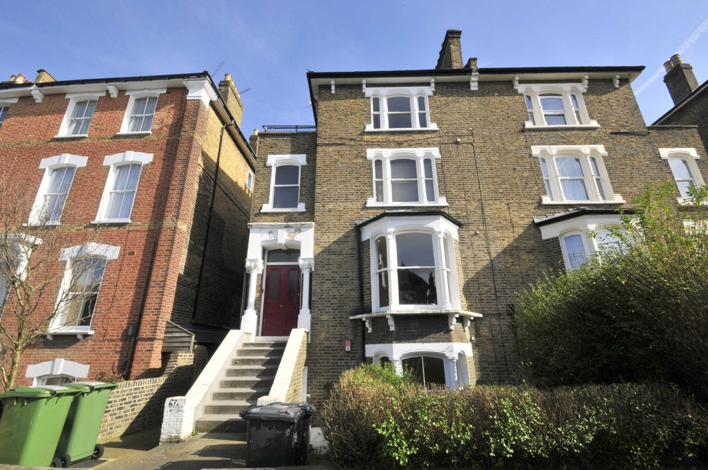 Two bedroom garden flat. Occupying the entire ground floor of this substantial building. There is a large lounge with wooden shutters to the bay window on the front. To the side is a long galley style kitchen. Modern bathroom.  Susbstantial garden. This is a 'fixer upper' and priced accordingly.