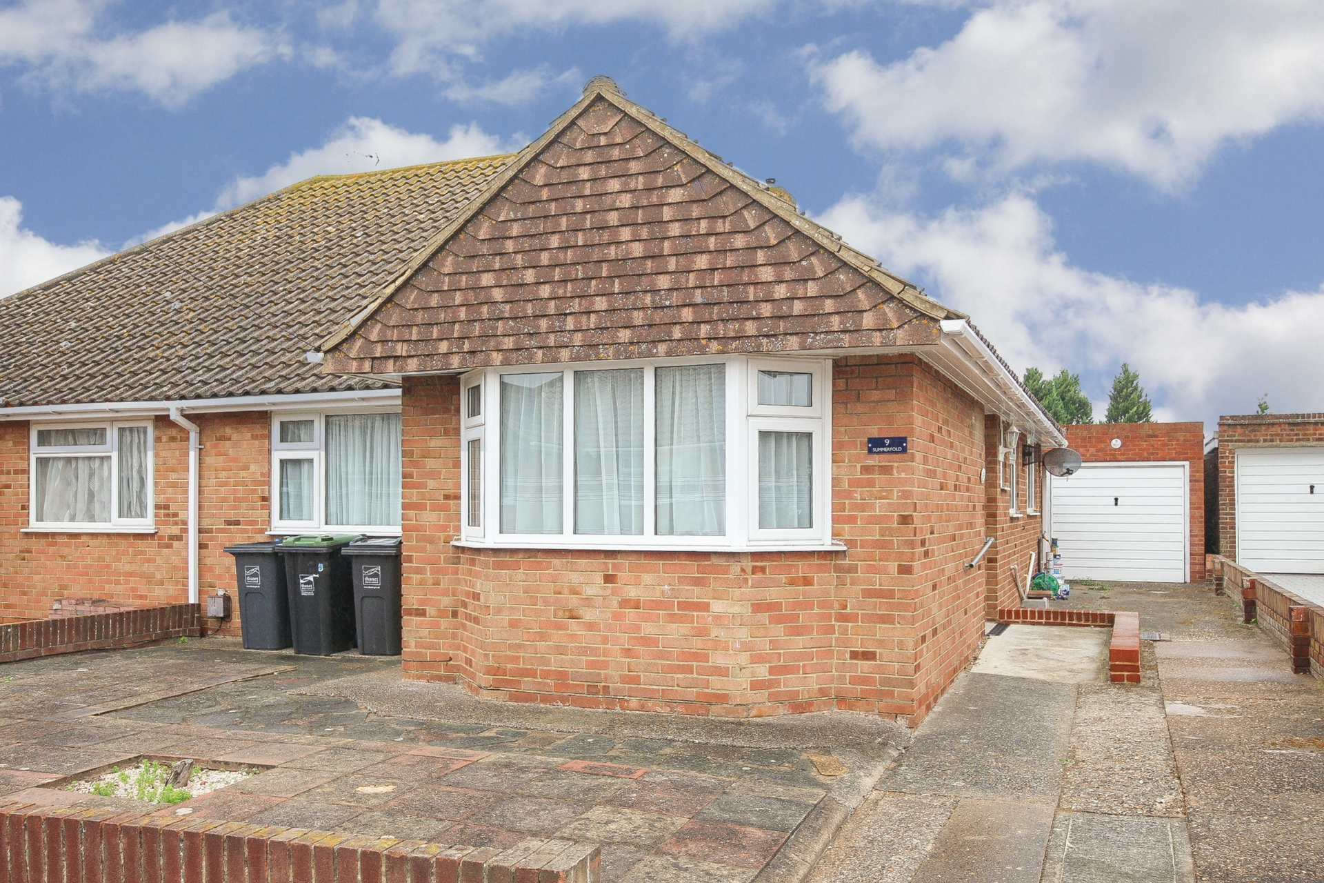 Bungalow to rent in St David's Close, Birchington, CT7 0