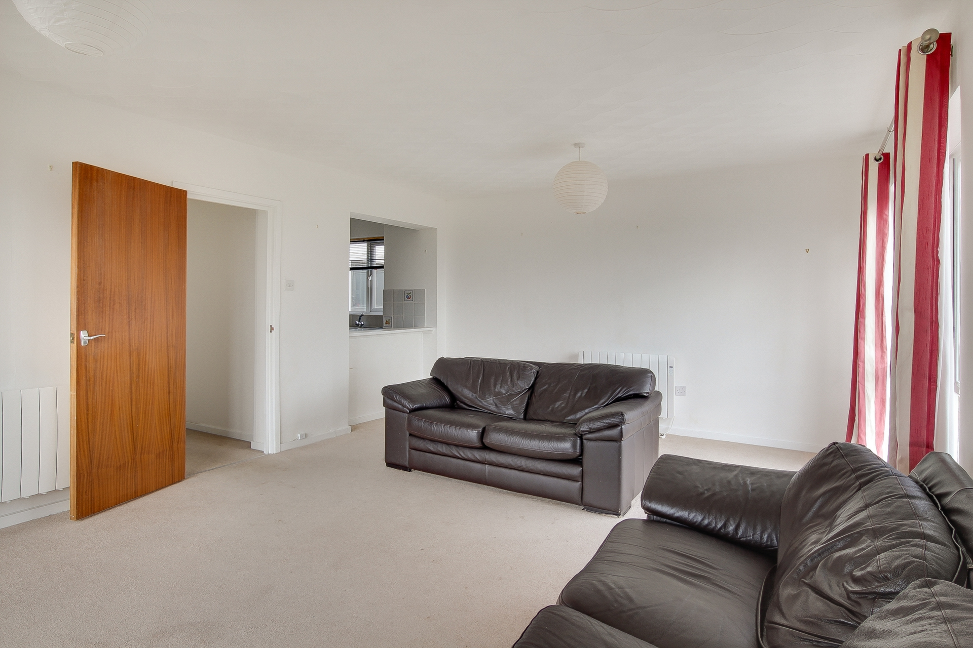 2 bed apartment to rent in The Parade, Birchington, CT7 3