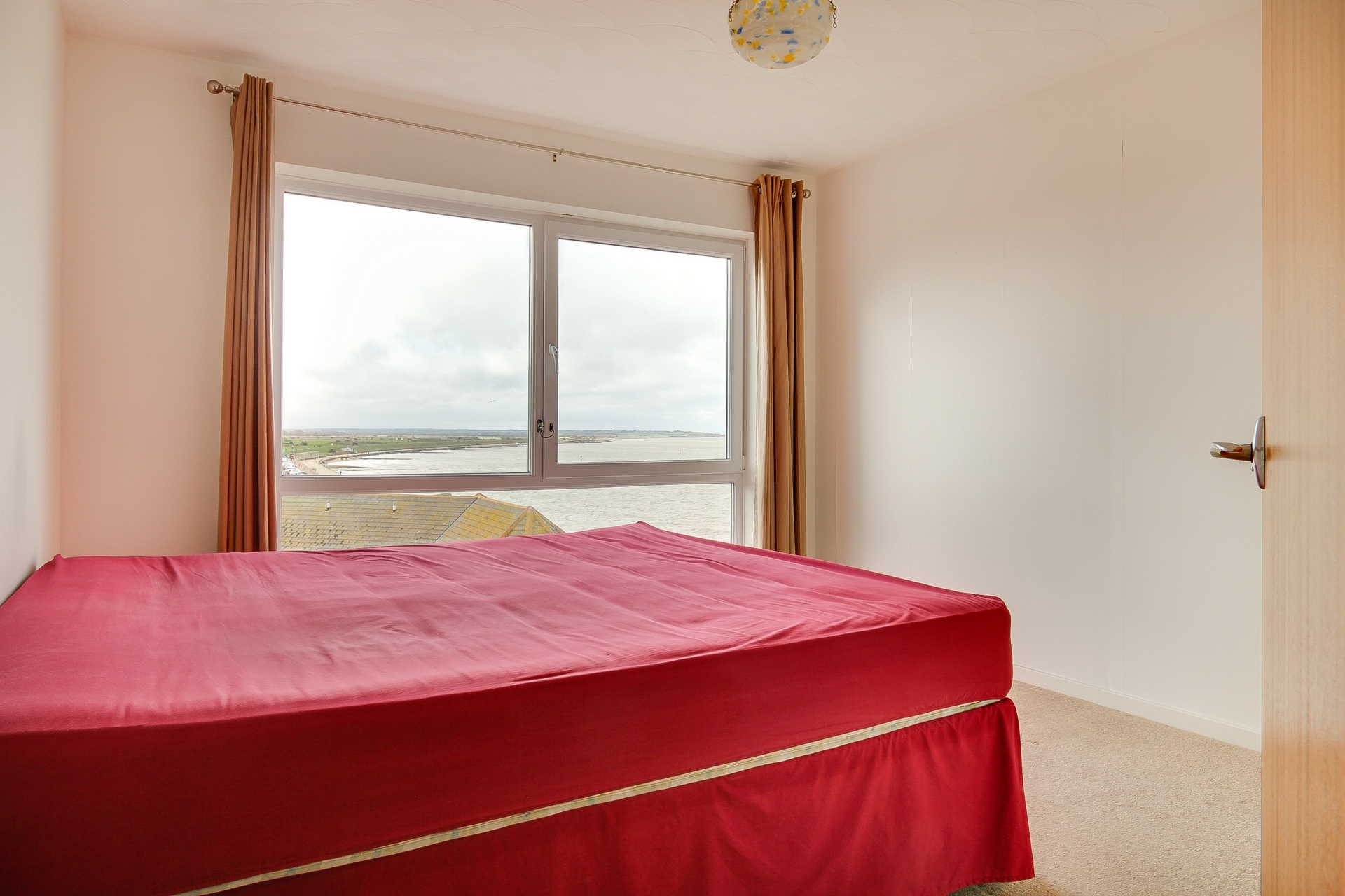 2 bed apartment to rent in The Parade, Birchington, CT7  - Property Image 6