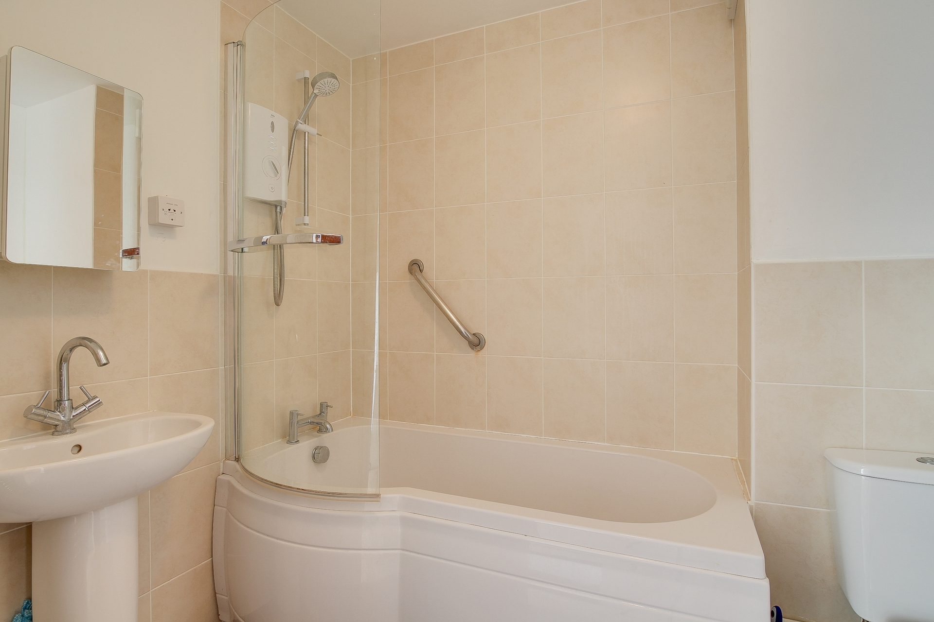 2 bed apartment to rent in The Parade, Birchington, CT7 7