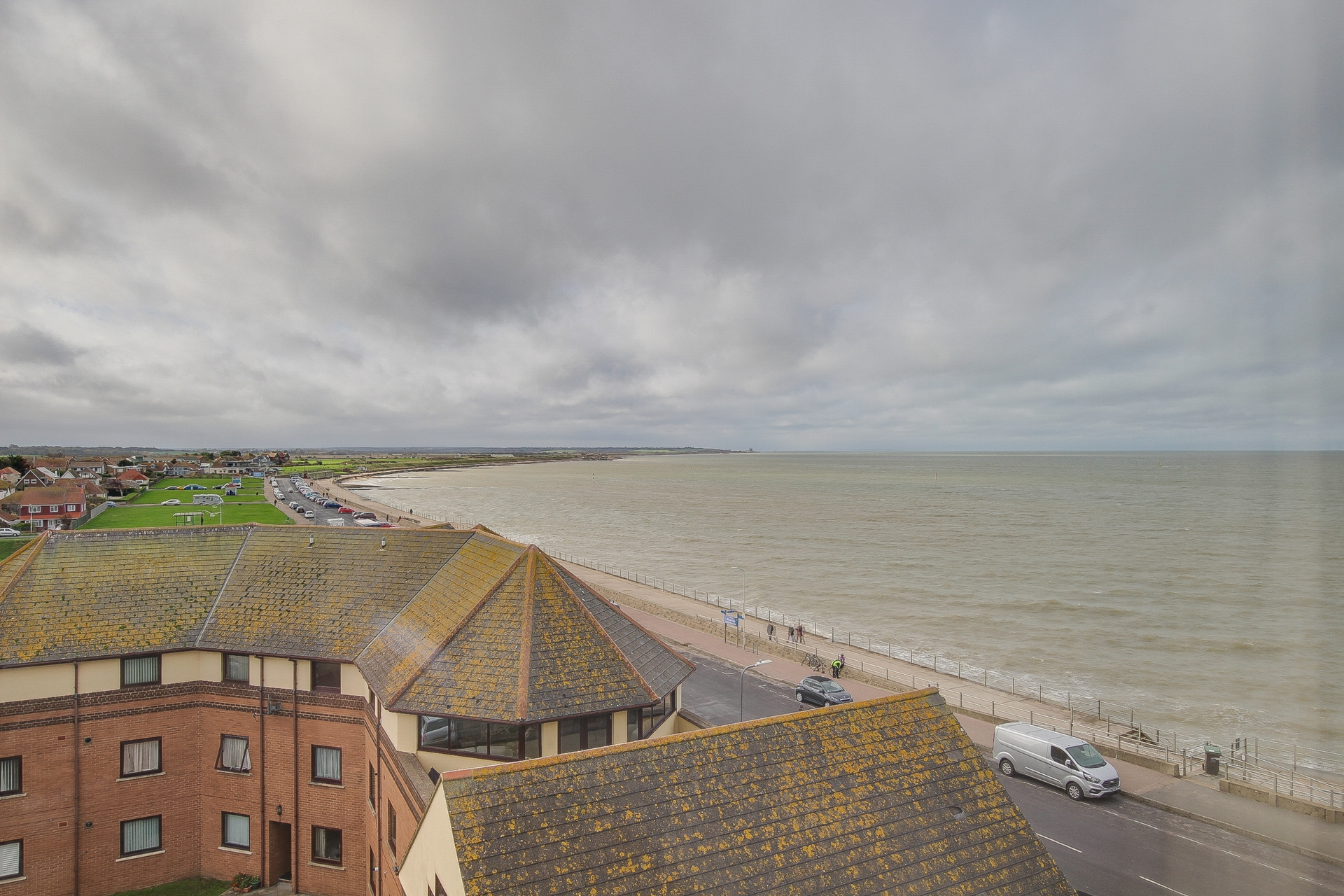 2 bed apartment to rent in The Parade, Birchington, CT7 8