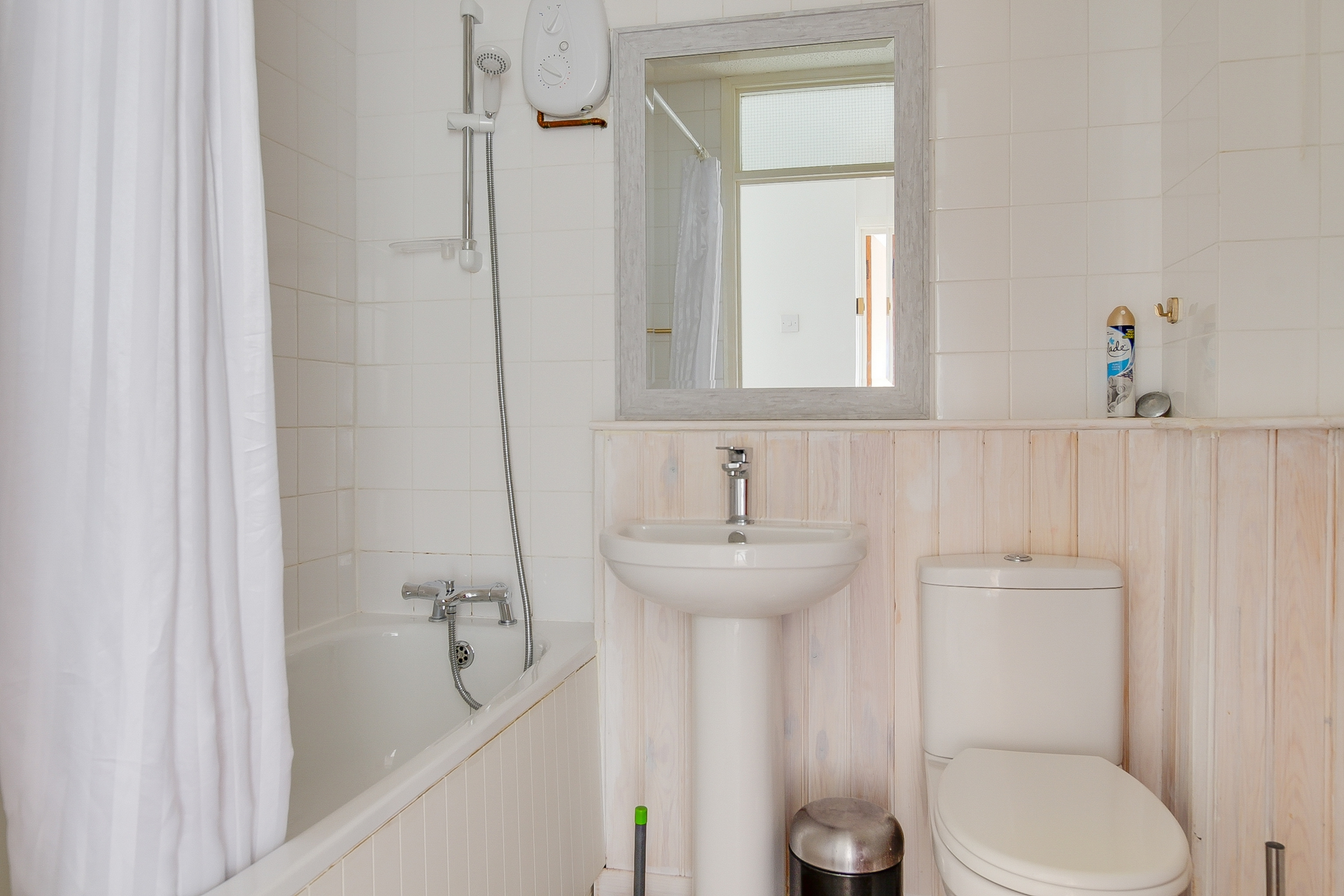 2 bed flat to rent in St Mildreds Gardens, Westgate, CT8  - Property Image 7