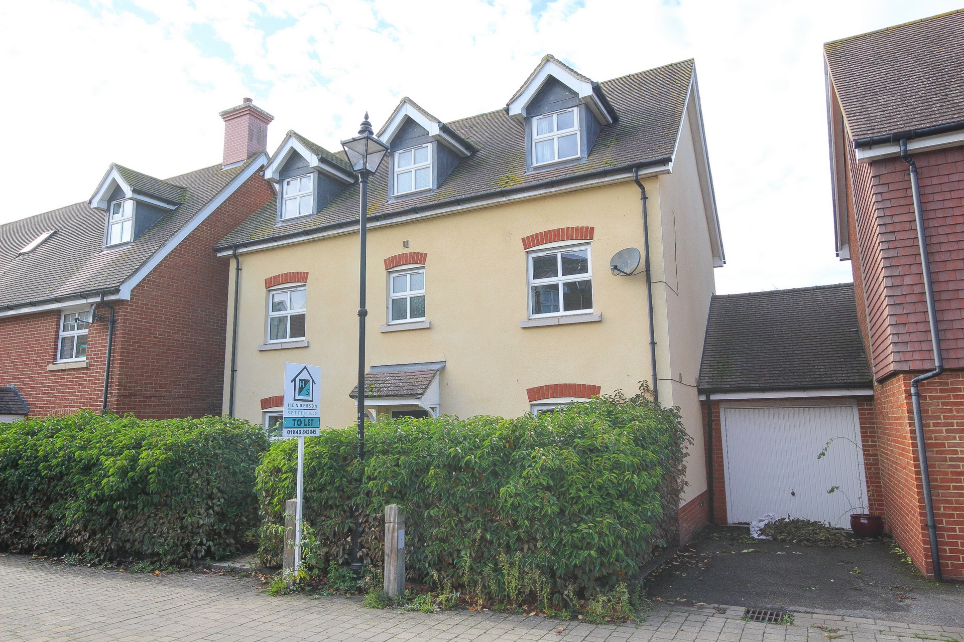 5 bed house to rent in Cheney Road, Minster, CT12 0