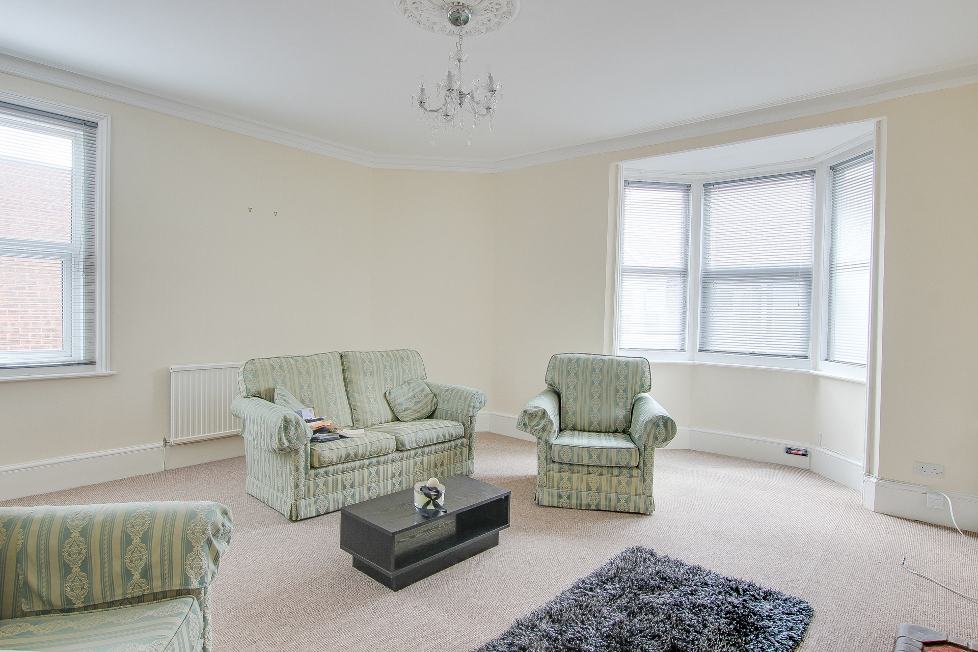 2 bed maisonette to rent in Station Road, Birchington 0