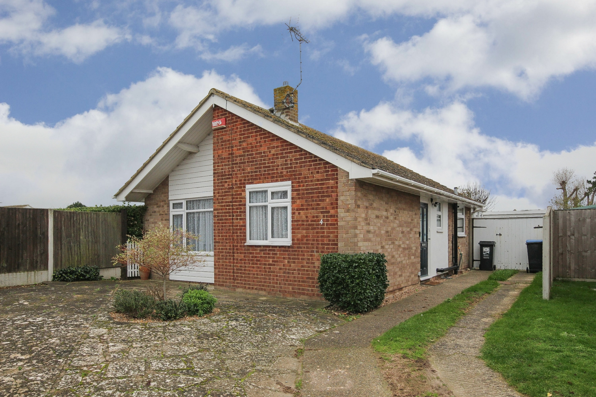 2 bed bungalow to rent in Nelson Court, Birchington, CT7 7
