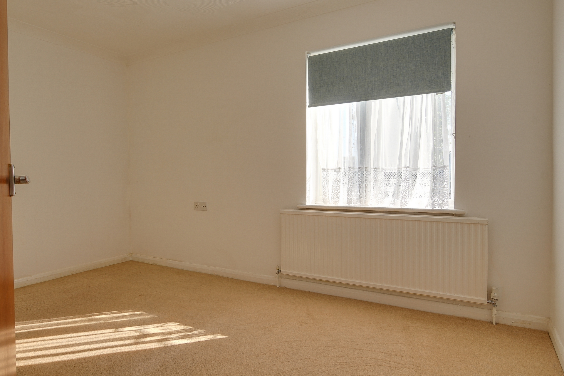 3 bed bungalow to rent in Cheesmans Close, Minster, CT12 8
