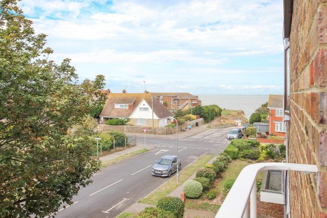 2 bed flat to rent in Beach Avenue, Birchington, CT7 1
