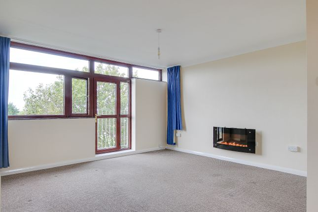 2 bed flat to rent in Carmel Court, Beach Avenue, Birchington  - Property Image 10