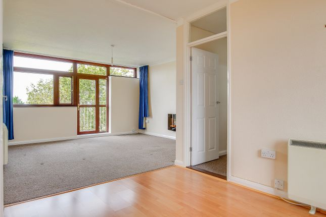 2 bed flat to rent in Carmel Court, Beach Avenue, Birchington  - Property Image 11