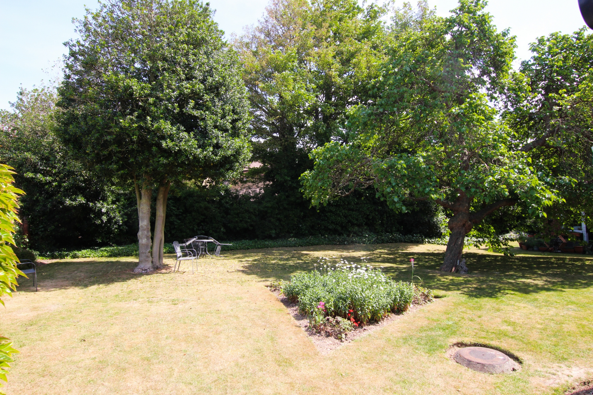 1 bed flat for sale in Homebirch House, Hunting Gate  - Property Image 9