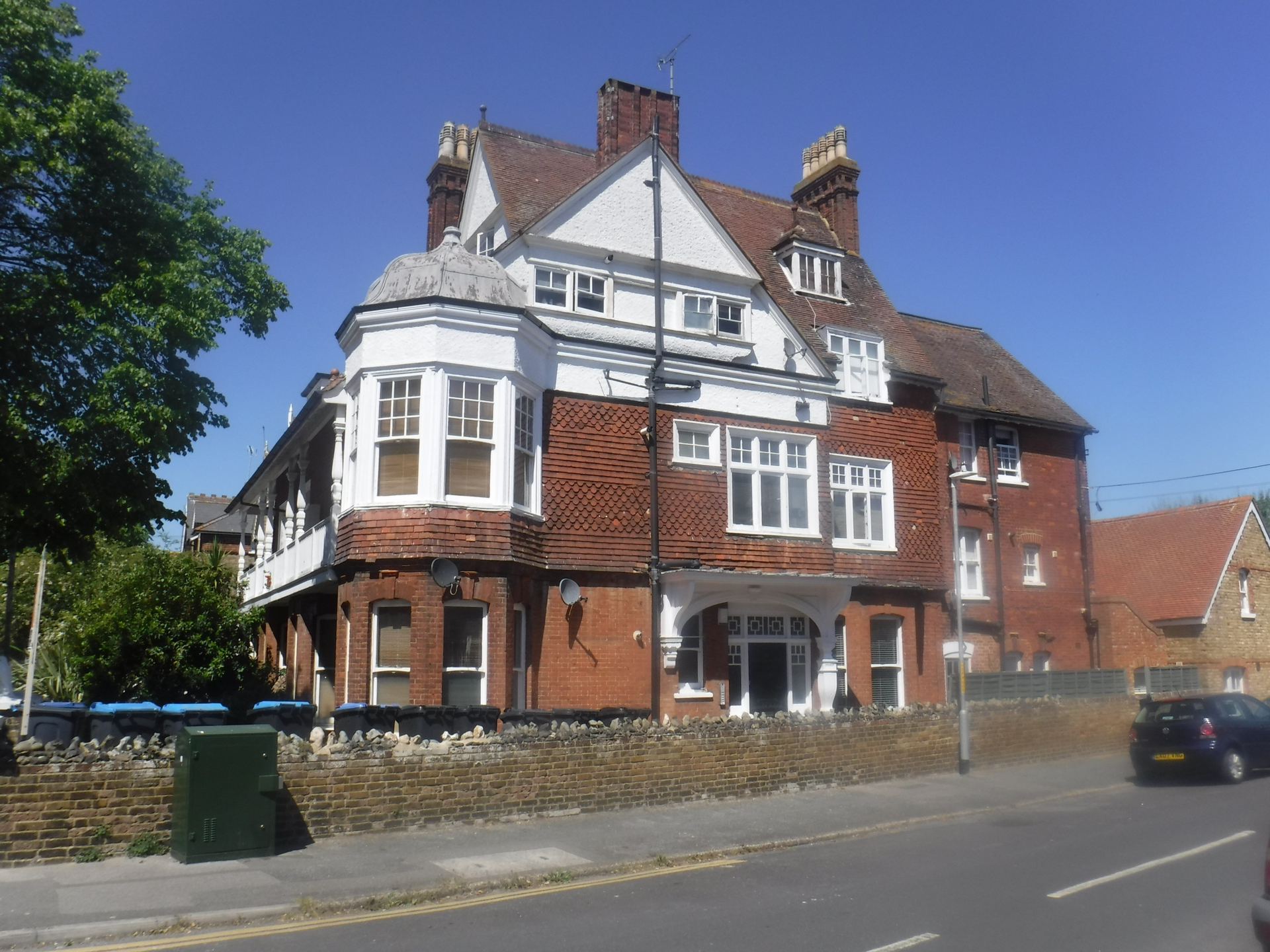 1 bed flat for sale in Roxburgh Road, Westgate  - Property Image 1