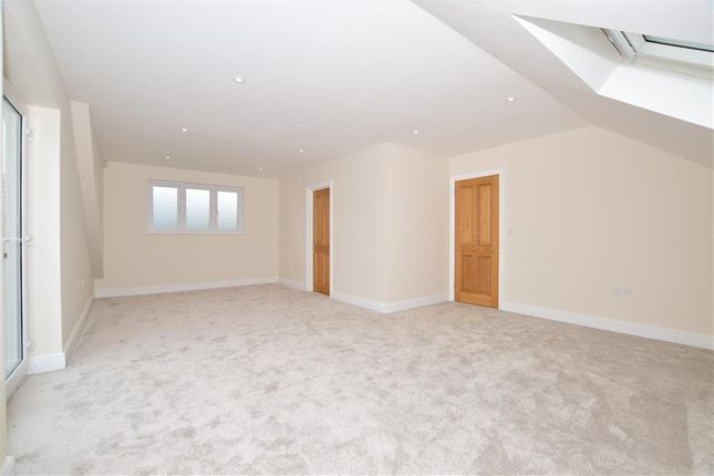 4 bed detached house for sale in Fairfield Invicta Road, Whitstable 9