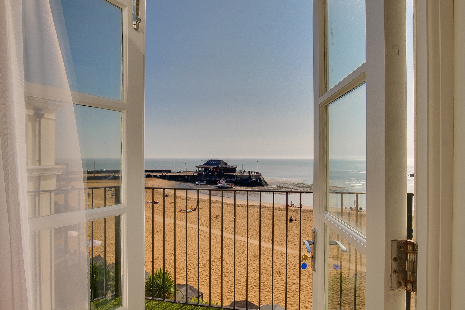 1 bed flat to rent in The Parade, Broadstairs, CT10 0