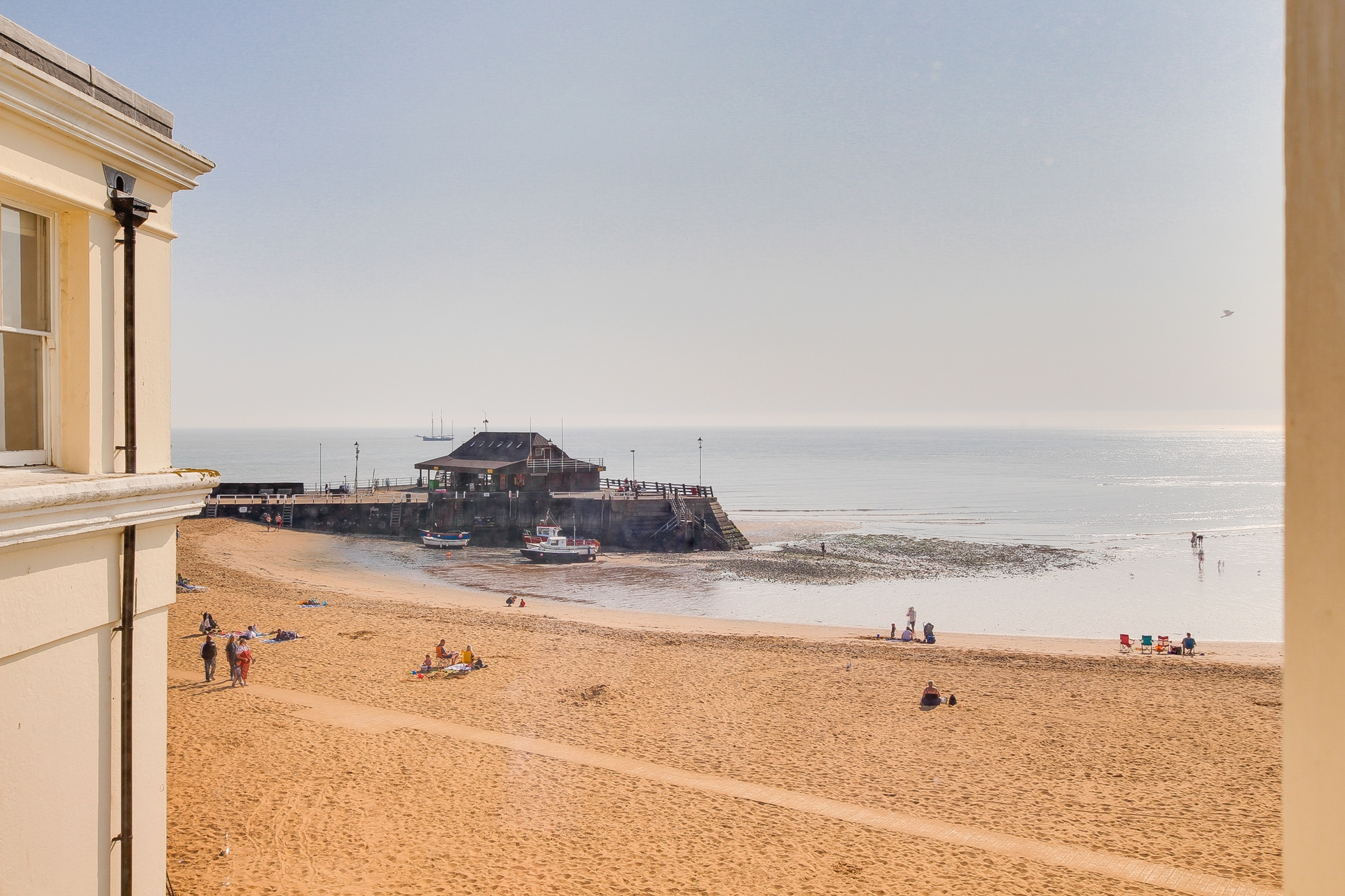 1 bed flat to rent in The Parade, Broadstairs, CT10 8