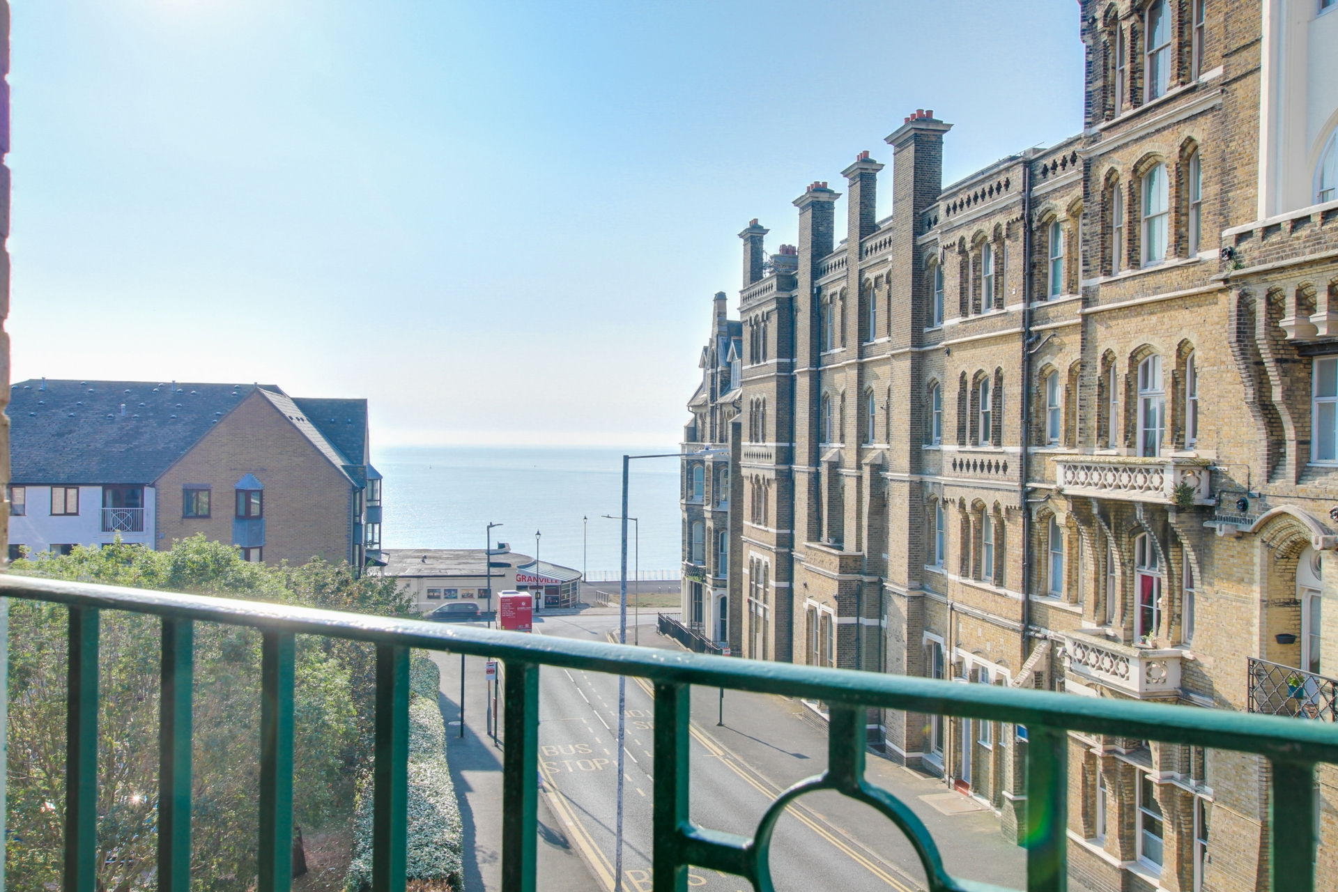 2 bed flat to rent in Victoria Road, Ramsgate, CT11 0