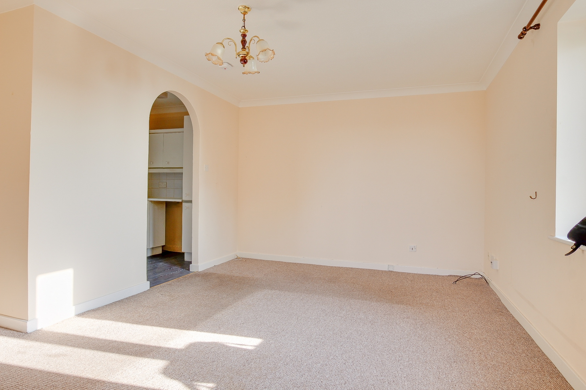 2 bed flat to rent in Victoria Road, Ramsgate, CT11 1