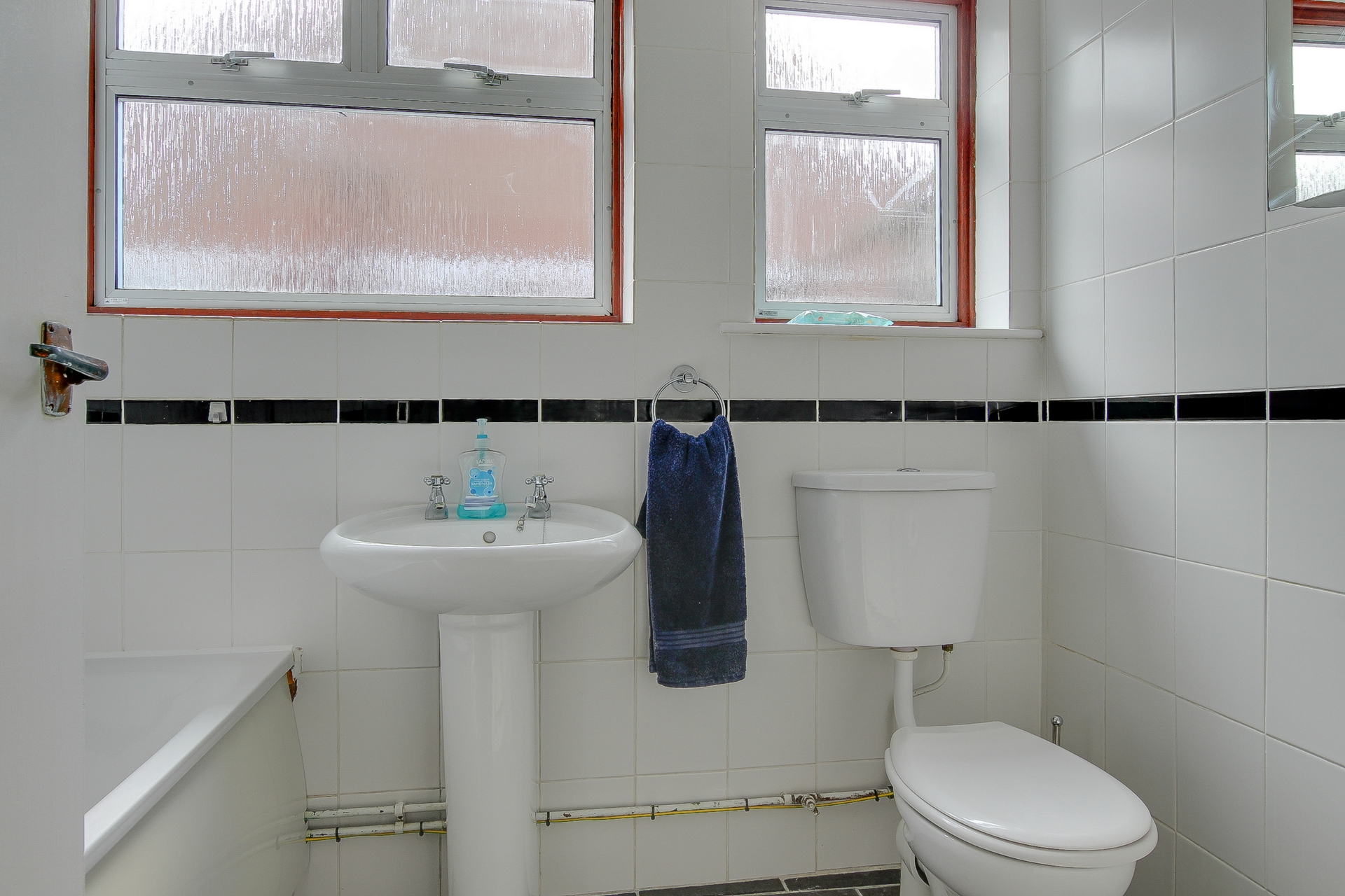 2 bed bungalow to rent in Maxine Gardens, St. Peters, CT10  - Property Image 7