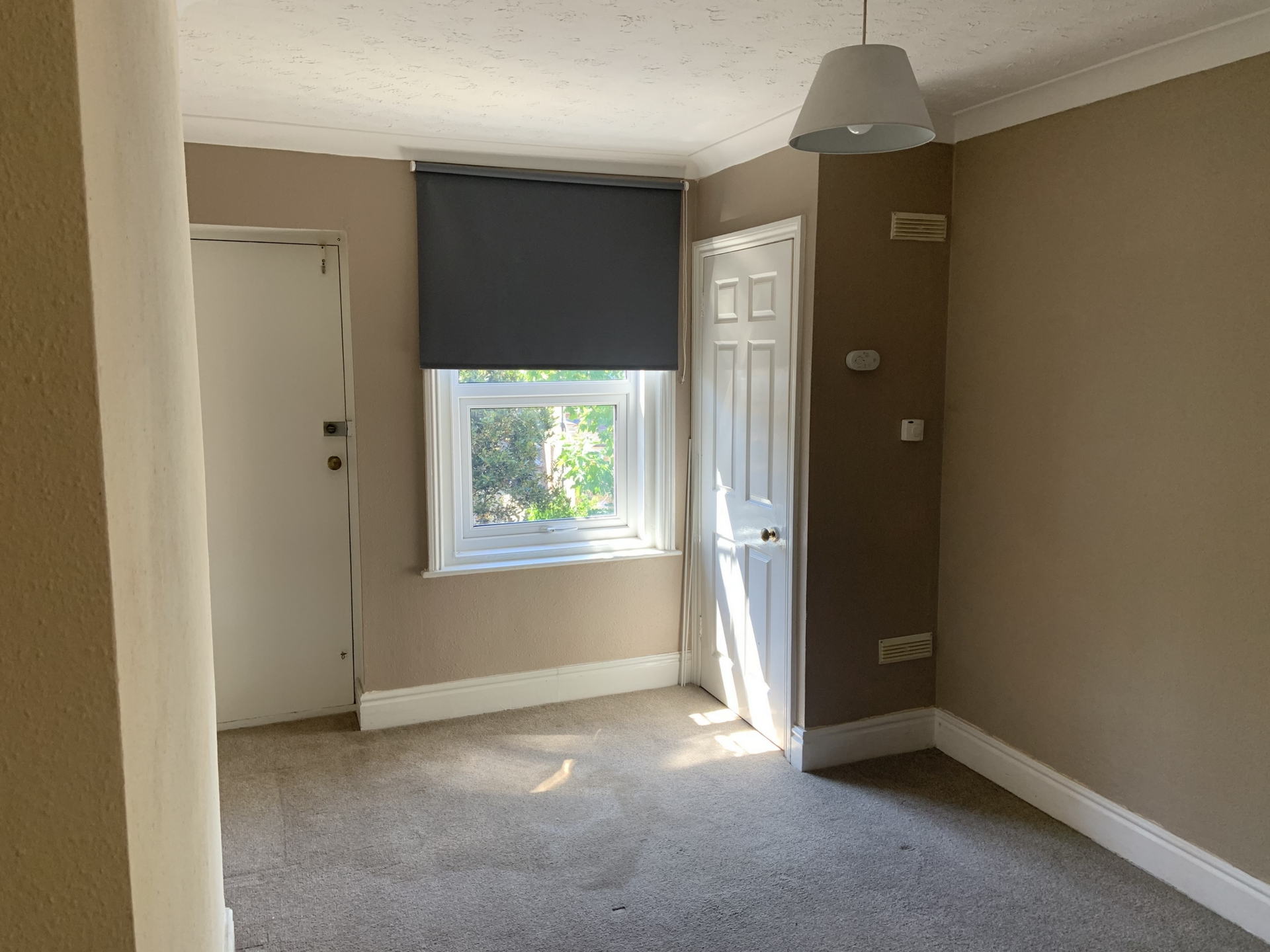 2 bed flat to rent in Sweyn Road, Cliftonville 4
