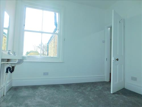 4 bed house to rent in Epple Bay Road, Birchington 6