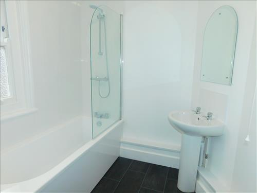 4 bed house to rent in Epple Bay Road, Birchington 8