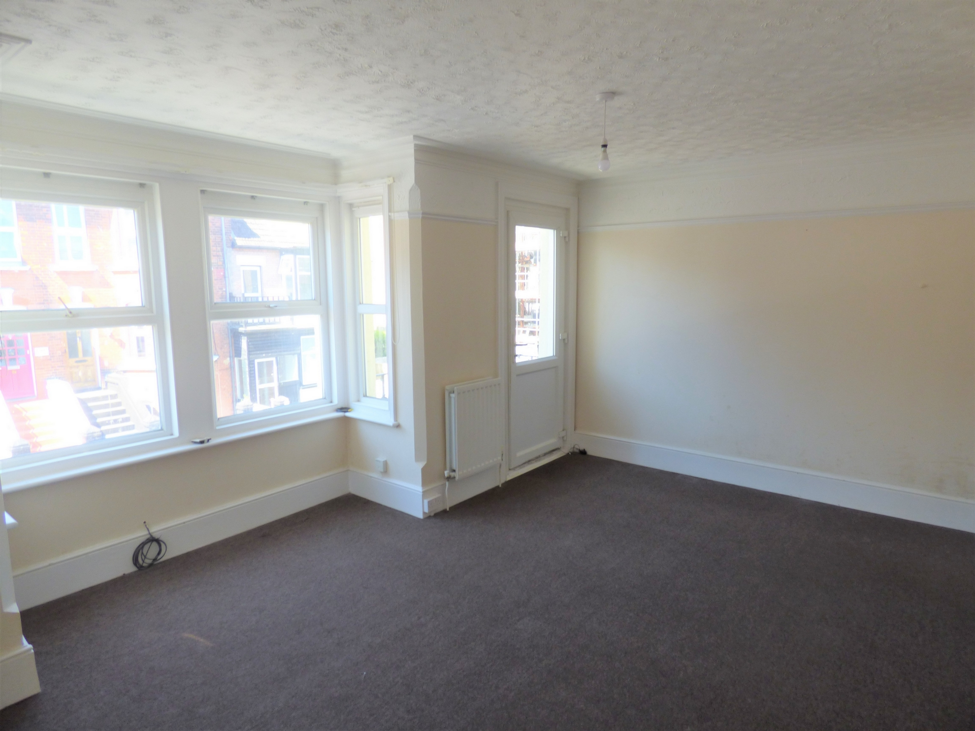 4 bed end of terrace house for sale in Crescent Road, Margate  - Property Image 5