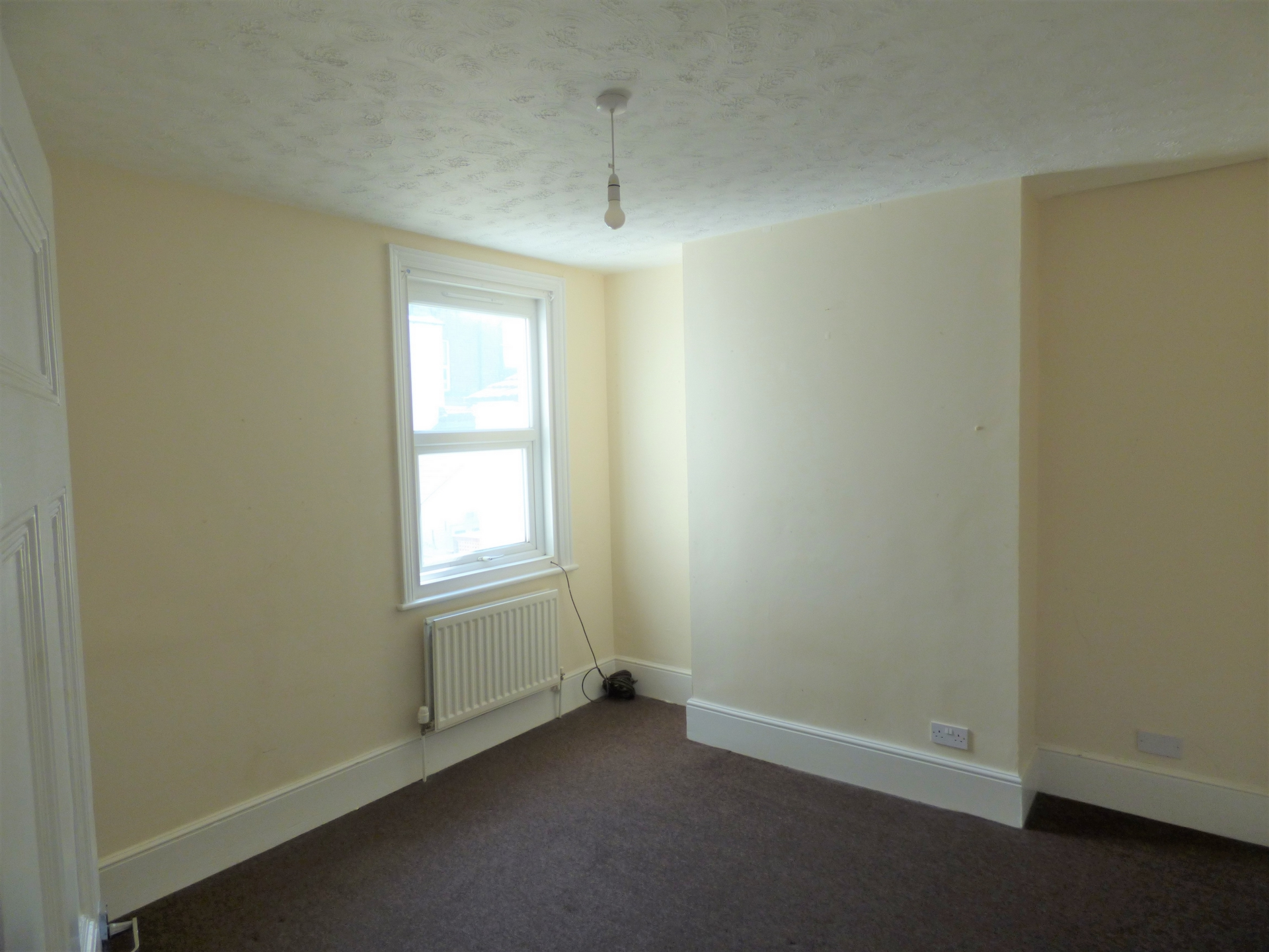 4 bed end of terrace house for sale in Crescent Road, Margate  - Property Image 6