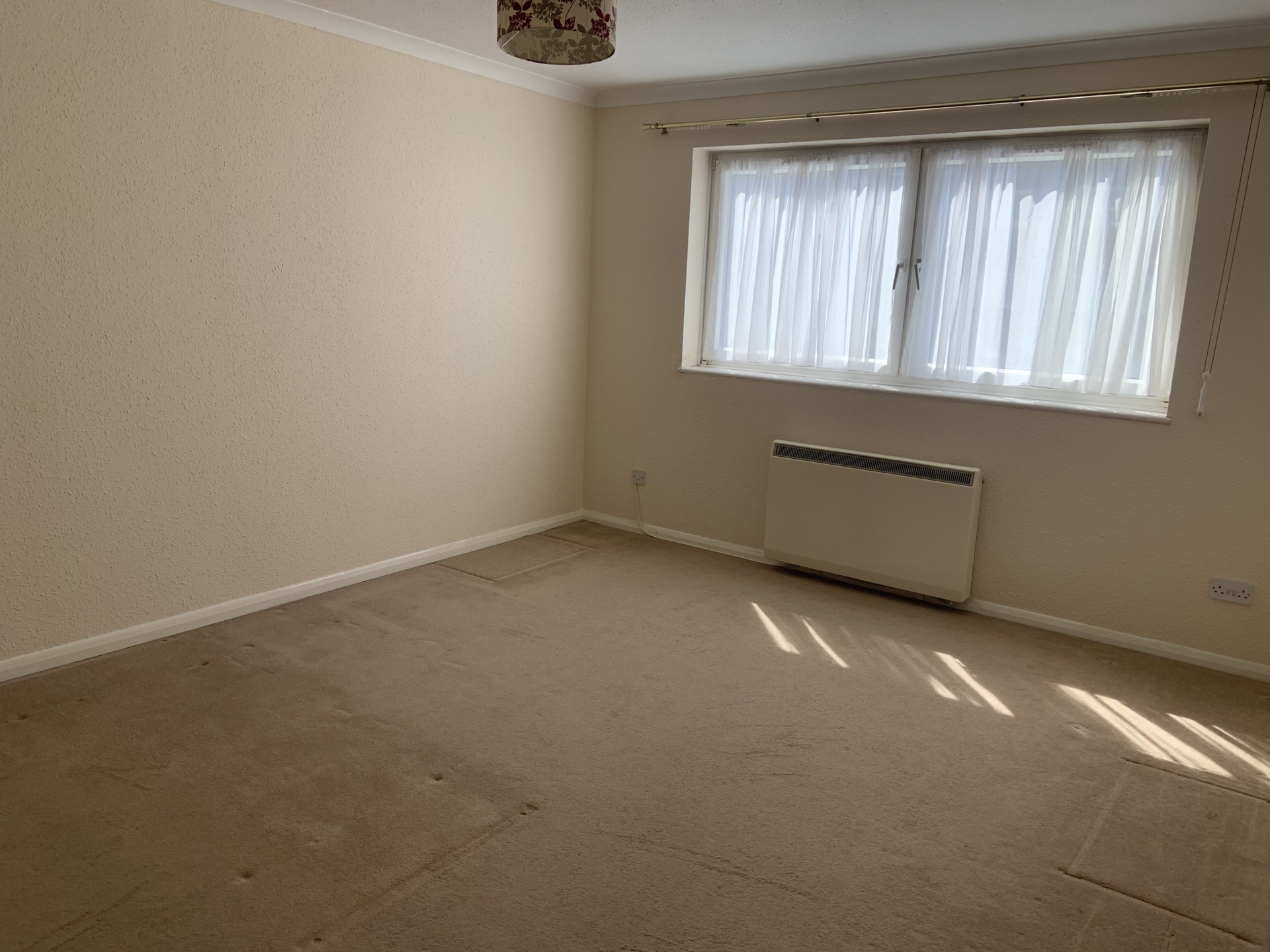 2 bed flat to rent in April Rise, Alfred Road, Birchington 5