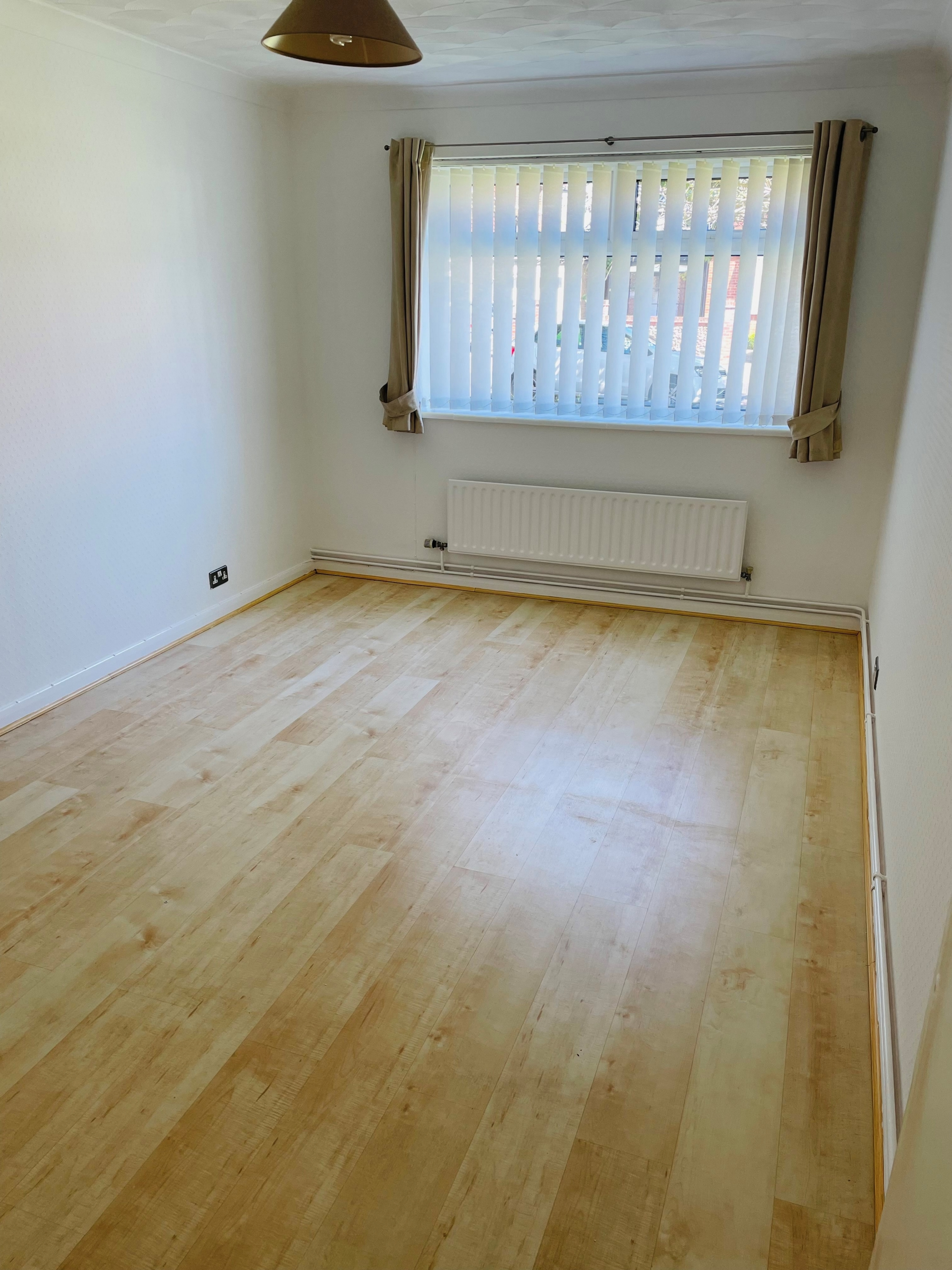 2 bed flat to rent in Gladstone Road, Broadstairs 3