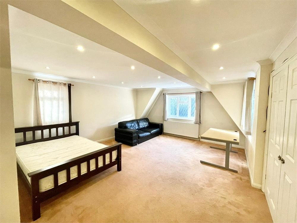 Apartment to rent in Imperial Road, Windsor, Berkshire, Windsor, SL4
