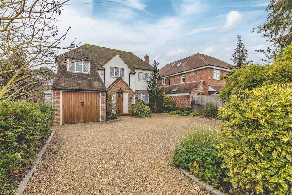 3 bed house for sale in Pinewood Green, Iver Heath, Buckinghamshire, Iver Heath, SL0