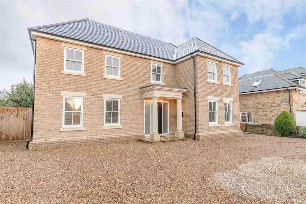 6 bed house for sale in Welley Avenue, Wraysbury, Berkshire, Wraysbury, TW19